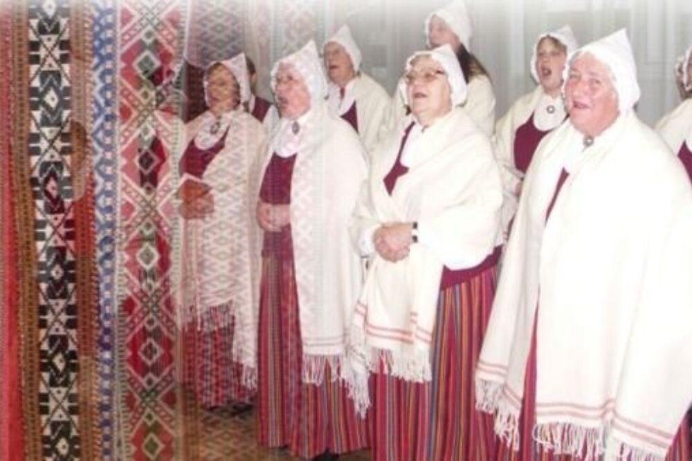 """Folklorys kūpai """"Olūteņš"""" 55 godu jubilejs"""