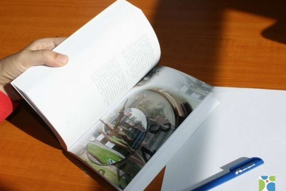 """Prezentēs literari muokslinīciskū almanahu """"Rēzekne 2013"""""""