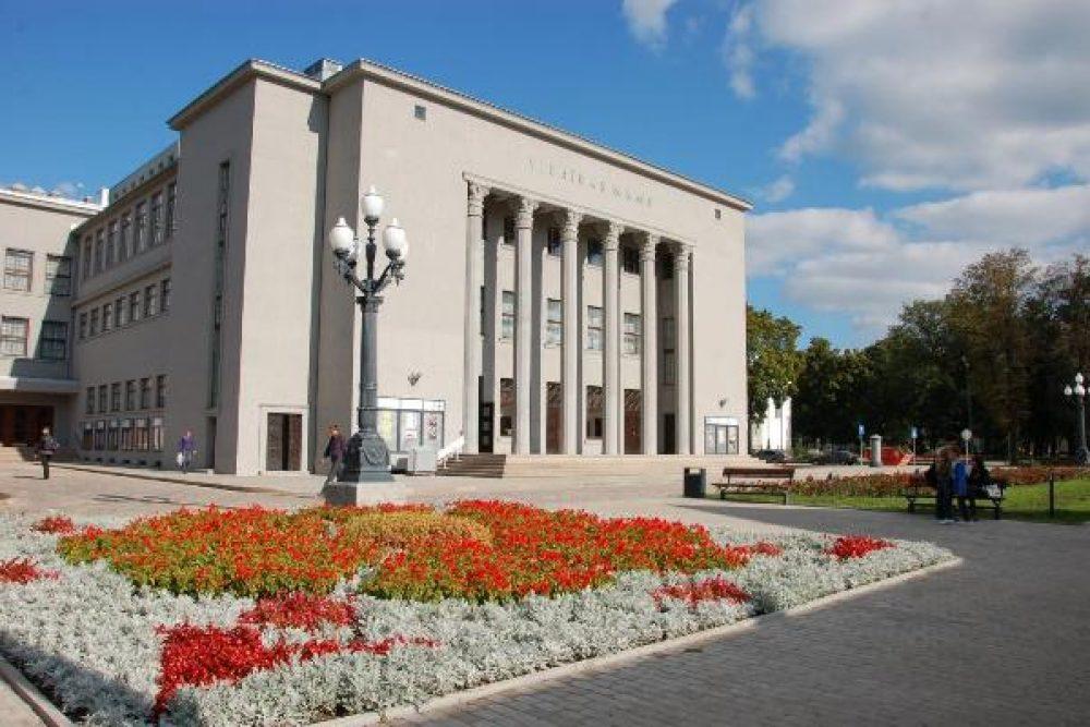 """Daugovpiļs teatra puorstuovi """"Spēlmaņu nakts"""" nominantu vydā"""