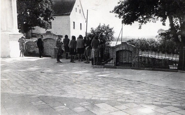 Aglyunys bazneica 1960 godi zudusi latvija