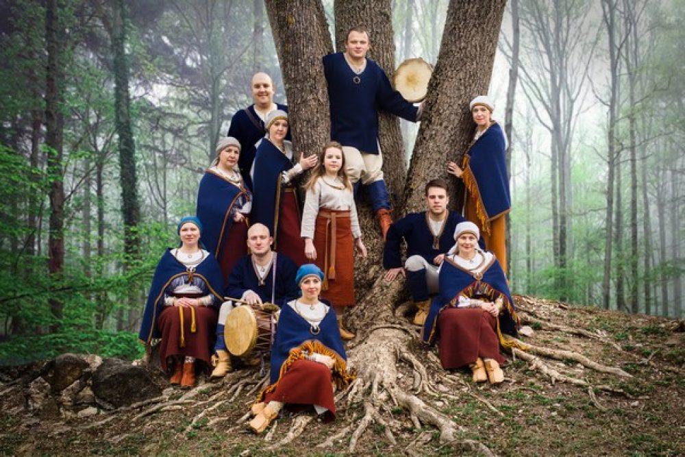 """Folklorys kūpai """"Ilža"""" jauns albums"""