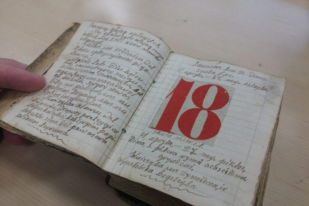 Ar rūku saraksteituos gruomotys latgaliski – Latvejis kulturys fenomens