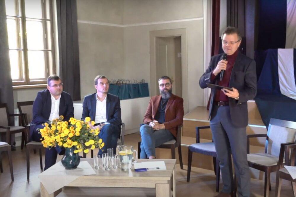 Kulturtelpu identitate, tuos puormainis i izgleiteiba latgaliski. Par kū diskutēja 26. septembra seminarā Rēzeknē?